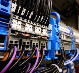 services_8032322-electrical-services.jpg